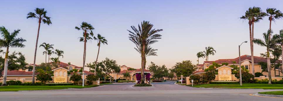 Entrance at Clubhouse Reserve community | Vineyards Community Association - Naples, Florida