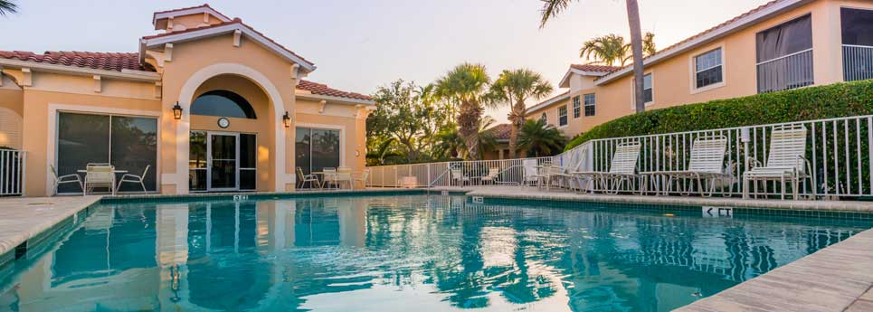 Pool at Clubhouse Reserve community | Vineyards Community Association - Naples, Florida
